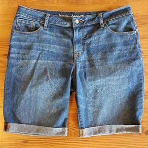 Apt. 9 denim Bermuda shorts size 14 medium wash